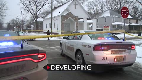 Bank robbery suspect shot by police after chase in Elkhart