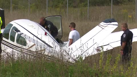 6 pm small plane crashes into ditch and suv on lincolnway west