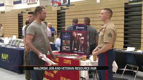 Jackie Walorski hosted job and veterans resources fair