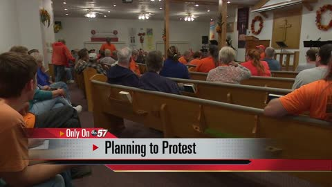 Ardmore neighbors rally for Monday's council meeting