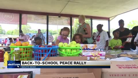 Back to school bash encourages kids to stop the violence