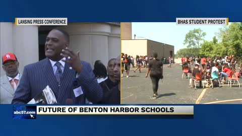 Benton Harbor officials speak in Lansing about state's proposal...
