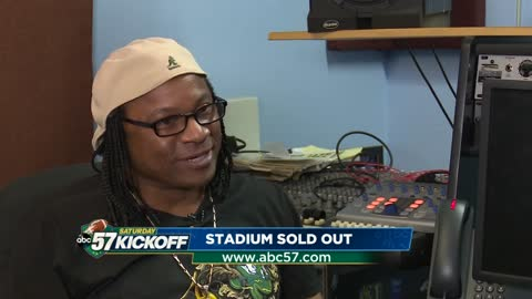 Darryl Buchanan: Motown artist brings Stadium Sold-Out to Notre Dame