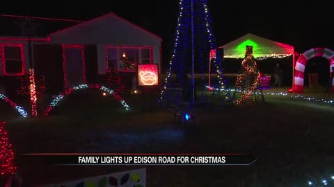 The Greatest Michiana Light Fight: Holiday Light Show on Edison Road