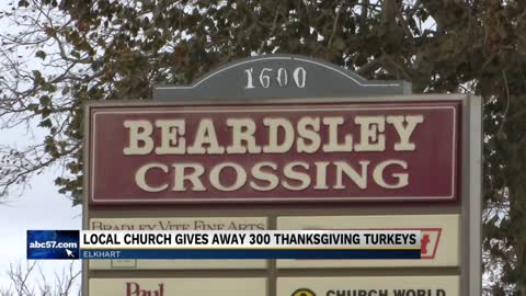 Elkhart Church gives away free turkeys for Thanksgiving
