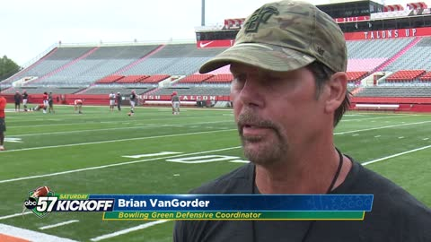 Former Irish DC Brian VanGorder makes first return to South Bend since firing