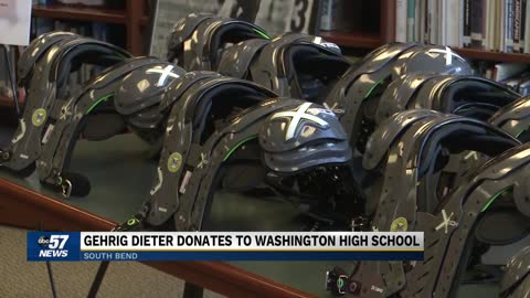 Former Kansas City football player gives back to Washington High...