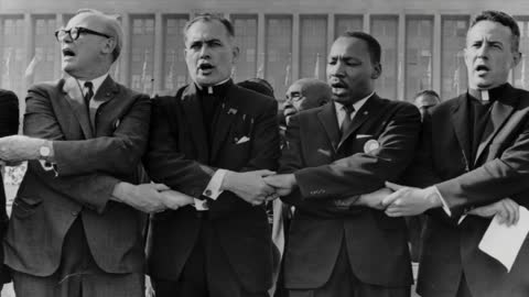 South Bend to unveil Father Hesburgh, MLK statue Wednesday