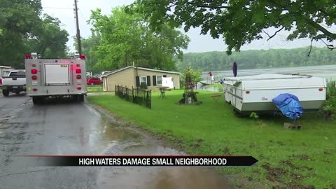 Edwardsburg flooding causes neighborhood evacuation near Davis Lake Street