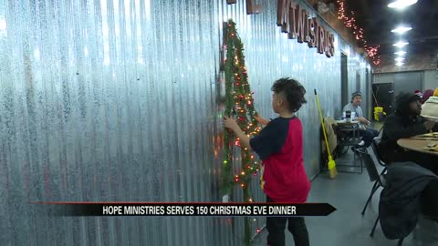 Hope Ministries hosts Christmas dinner for homeless