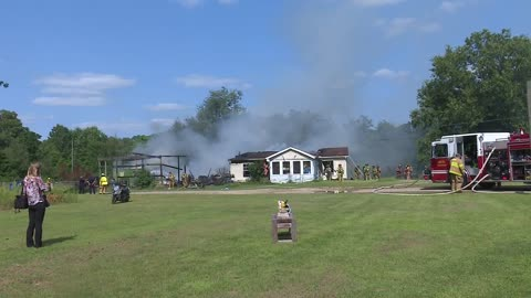 House, barn heavily damaged in fire in Niles
