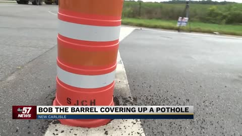 "Infamous ""Bob the Barrel"" in New Carlisle causes unusual traffic dilemma, amuses local community"