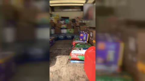 Michiana man heads to Houston with necessities for flood victims