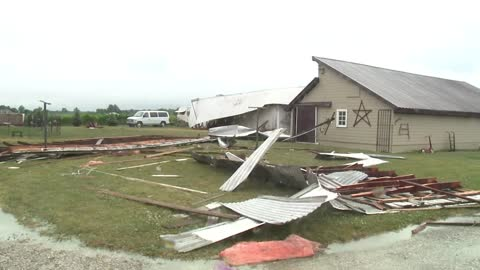 Nappanee storm takes off roof of family's barn