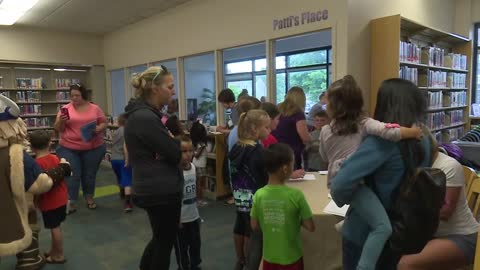 Niles Pop-Up Library encourages summer reading