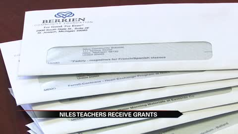 Niles teachers awarded mini grants for special projects