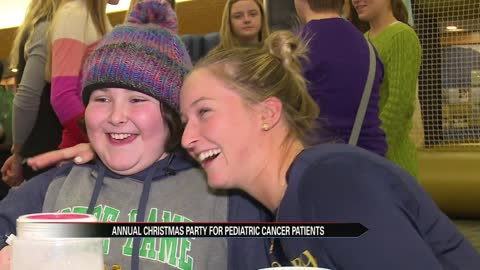 Notre Dame athletes spread Christmas cheer in tough times