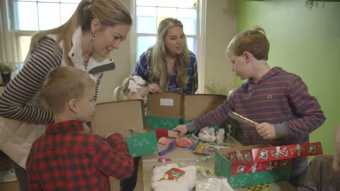 Over 34,000 shoebox gifts donated to kids in need