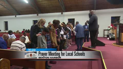 Benton Harbor community prays for students, school district