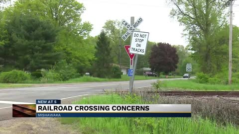 Railroad crossings thought to be inactive cause safety concerns in Mishawaka