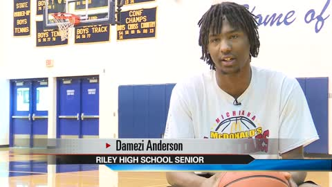 Riley High basketball star staying in Hoosier State