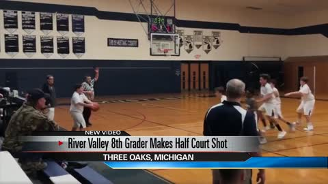 Three Oaks middle-schooler makes impressive half-court shot