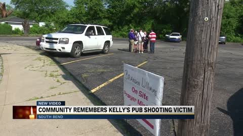 South Bend community gathers in honor of a Kelly's Pub shooting...