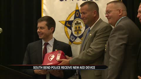 South Bend Police receive AED from FOP and Firehouse Subs