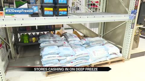 Michiana prepares for deep freeze, stores cash in