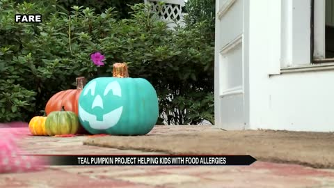 """Teal Pumpkin Project"" protects kids with food allergies on Halloween"