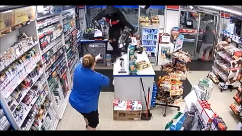 Niles Police release surveillance video of armed robbery