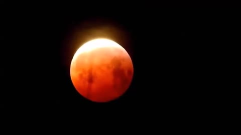 Time lapse of super blood wolf moon