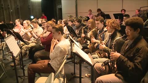 Mishawaka High School Symphonic Band: A Holiday Gallop