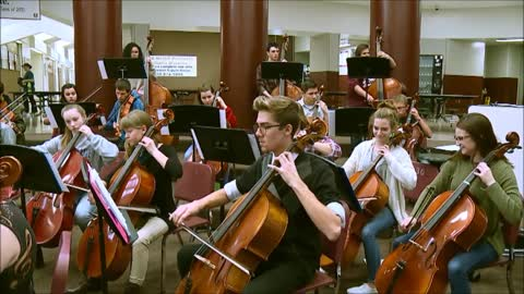 Sounds of the Season: Mishawaka High School Orchestra - 12 Days...