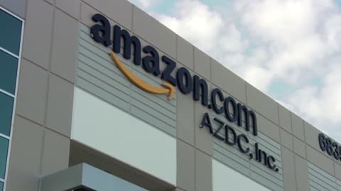 Amazon holds hiring event in Kenosha