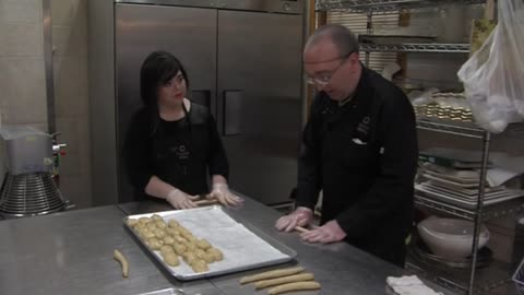 Friendship Bakery cooks up Hanukkah treats and personal success for adults with disabilities