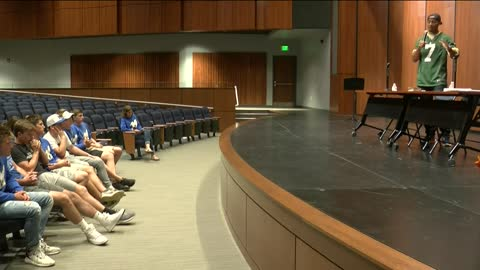 Packers QB Brett Hundley attends rally at Mukwonago High School