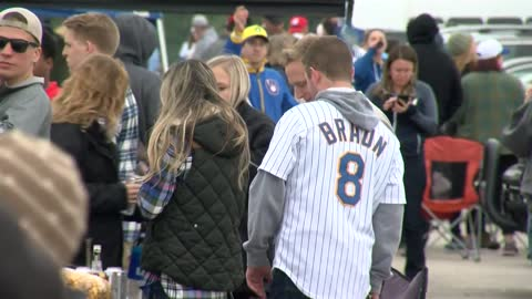 Brewers fans excited for return to Postseason