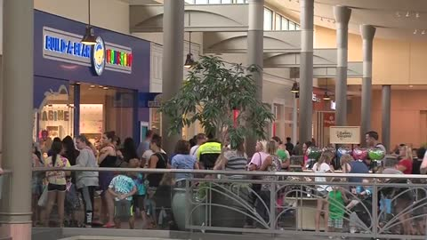 Build-A-Bear Workshop closes lines due to crowd safety concerns on Pay Your Age Day