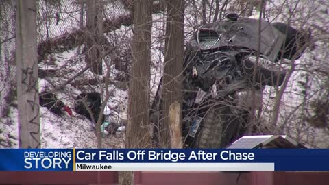 Police chase ends when fleeing vehicle tumbles off entrance to...