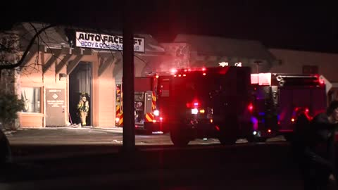 No one hurt in Brookfield auto body shop fire