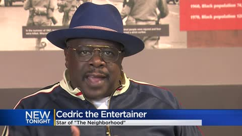 Cedric The Entertainer performs at Riverside Theater