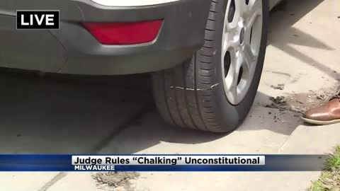 """e191264928 Milwaukee reviewing """"chalking"""" ticket policy"""