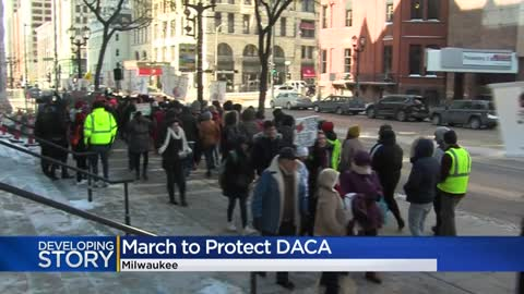 Hundreds of 'dreamers' rally in Milwaukee in support of DACA