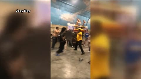Lake Delton Police: Weekend brawl in Wisconsin Dells started over a chair