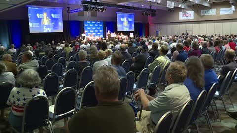Wisconsin Democrats rally at yearly convention with 10 candidates for governor