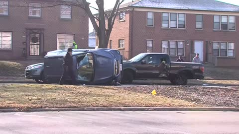 Rollover crash at Hawley and Wisconsin under investigation