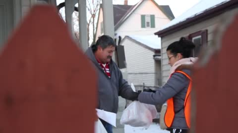 Faith Builders Hosts Christmas in Milwaukee for Clarke Square Neighborhood