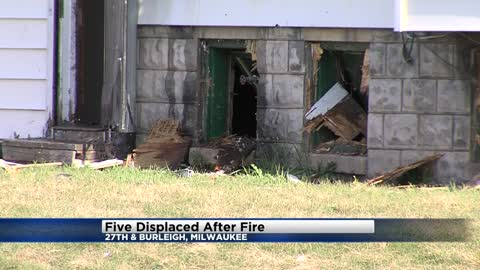 Five displaced in morning North side house fire, no injuries