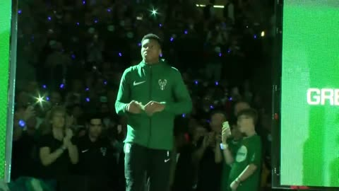 Fans, Bucks excited after Giannis named starter for 2018 NBA All-Star Game